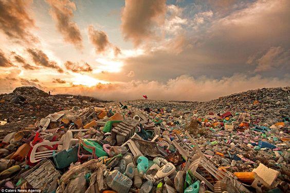 La Solución al Problema de la Contaminación por Plástico, es un Tratado Global de la ONU.